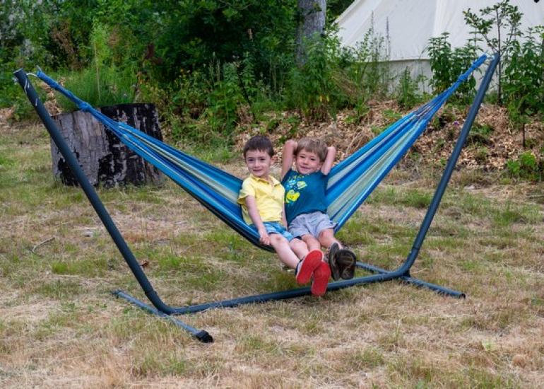 Hamac-enfants-Camping-heureux-hasard-loir-et-Cher