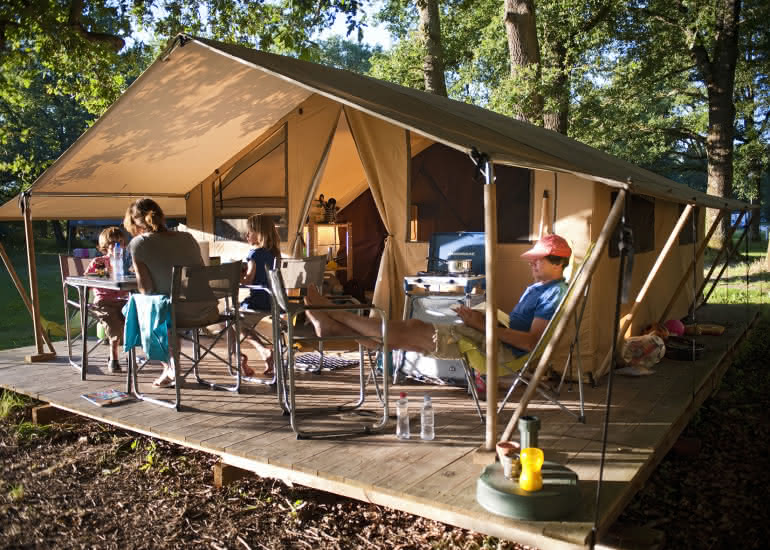 Camping Huttopia Les Châteaux - ©Camping Indigo - R.Etienne