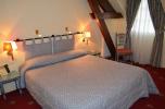 Hôtel-restaurant du Cheval Blanc à Yvoy-Le-Marron en Sologne