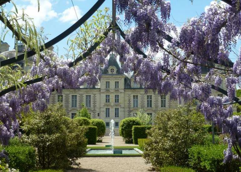 Chateau-de-cheverny-