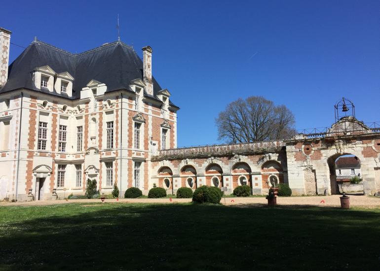 chateau-selles-sur-cher-pavillon-bethune-vue-ouest