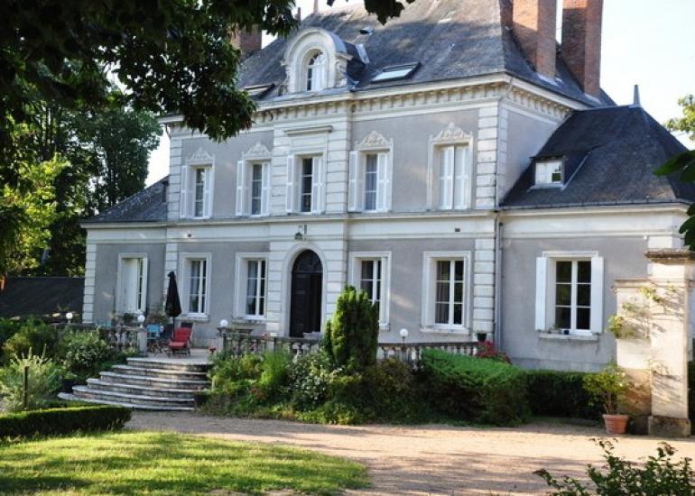 Chateau-de-la-Chaise-St-Georges-sur-Cher