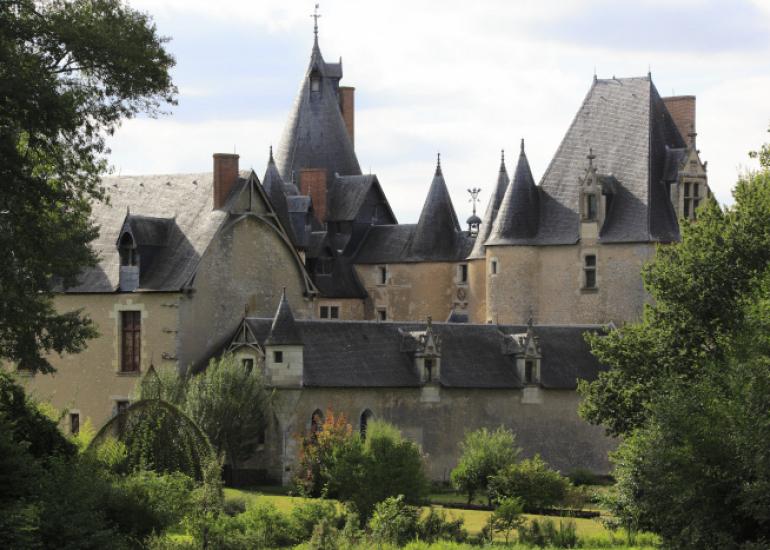 CMN_Château de Fougères-sur-Bièvre_© Gilles Codina  Centre des monuments nationaux