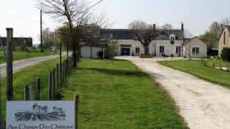 Aux Champs des Châteaux