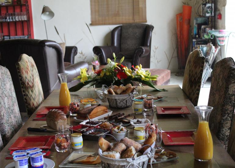 Ferme-de-couffy le petit déjeuner