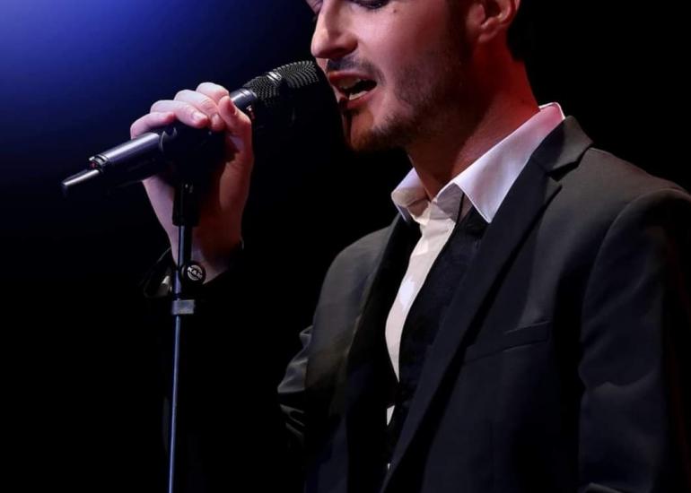 Florian Serres