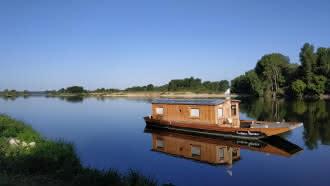 Outre-Loire