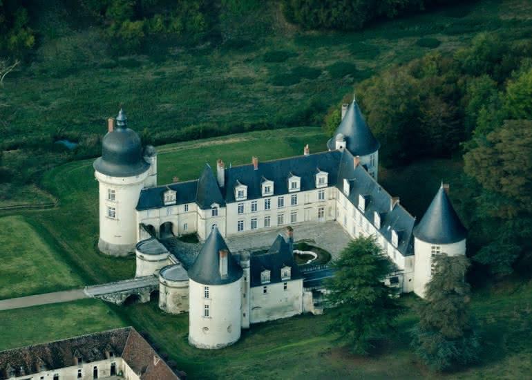 Chateau_du_Gue-Pean_Vue_aerienne