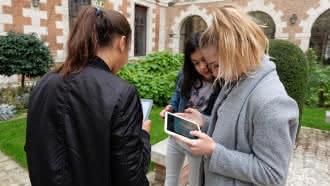 Guideez à Vendôme pour les p'tits curieux connectés