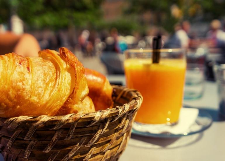 hlo-sologne-chambres-gite-sologne-tourisme-petit-dejeuner