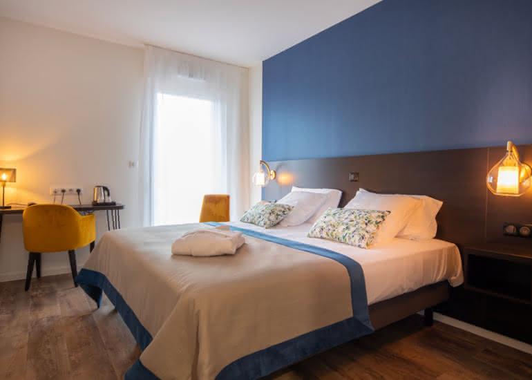 hotel-brame-sologne-suite-chambre-bureau