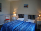 hotel-la-sauldraie-chambre-bleue-salbris©Hotel-La-Sauldraie