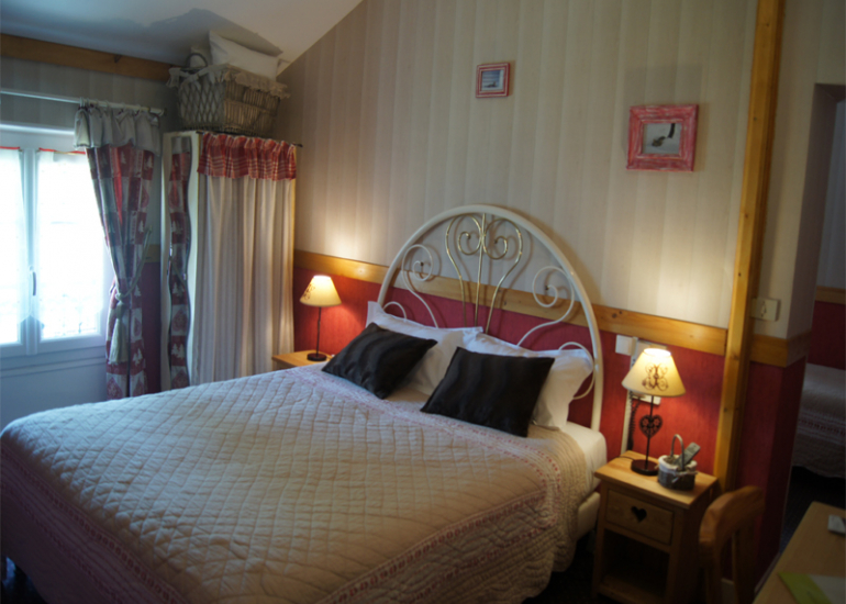 hotel-la-sauldraie-Chambre-montagne-salbris©Hotel-La-Sauldraie