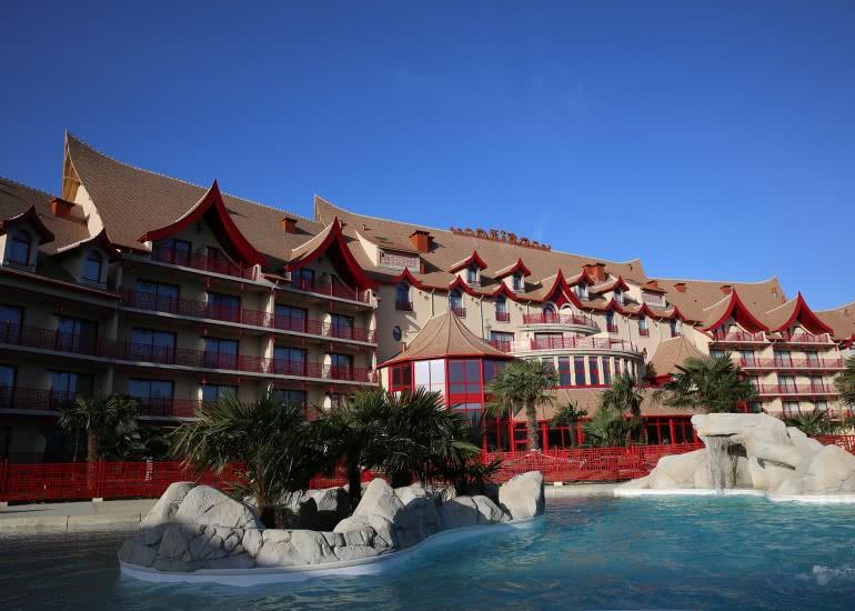 Les pagodes de beauval le loir et cher en val de loire for Camping loir et cher avec piscine
