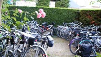 Location dépôt de vélos – Hôtel Anne de Bretagne