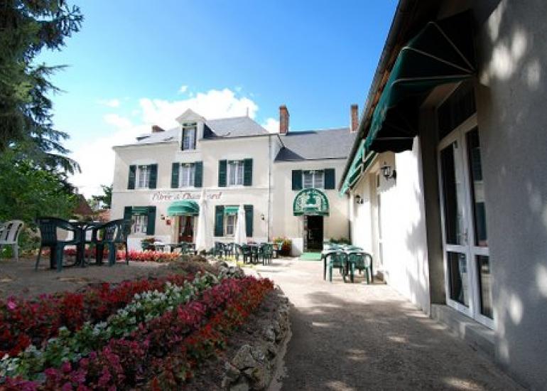 hotel-restaurant-oree-de-chambord-maslives