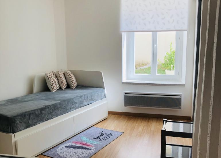 Chambre lit 1 personne 80x200cm