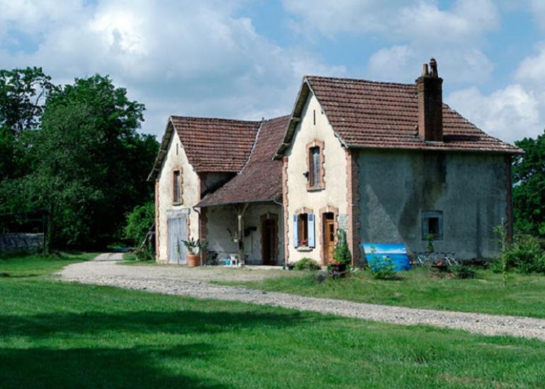 maison-du-garde-gite-chaumont-exterieur