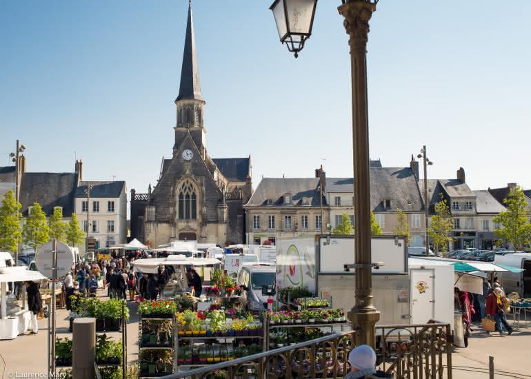 Marché de Montoire-sur-le Loir HD [ Laurence Mary ] (41)