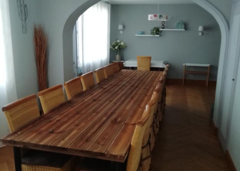 Table pour 15