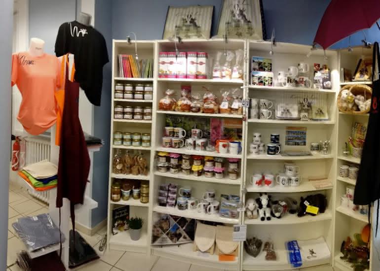 office-de-tourisme-sologne-sud-romorantin-boutique-souvenirs2