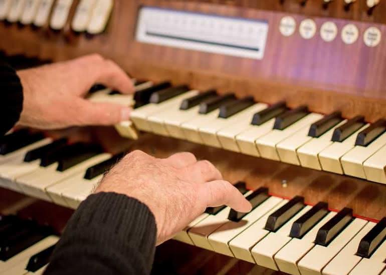 orgue-clavier-mains-pixabay