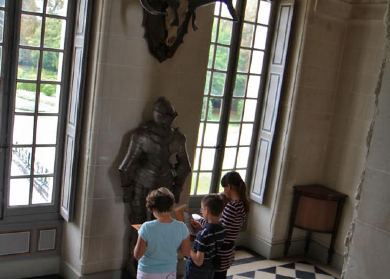 Petit-Curieux-Chateau-Cheverny-Enola-Creation-ADT41--2-