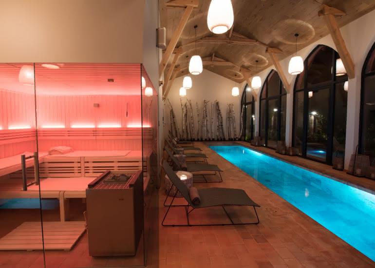 Piscine-sauna