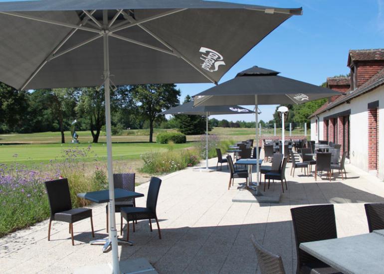Restaurant-La-Rousseliere-golf-du-chateau-de-cheverny3©Golf-du-Chateau-de-Cheverny