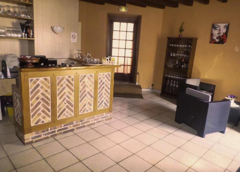 Restaurant-Le-Saint-Vincent-Oisly-Sire-Web-Le-St-Vincent
