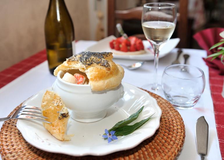 Restaurant-Le-Vieux-Fusil-Plat-Brochet-et-St-Jacques-Soings-en-Sologne