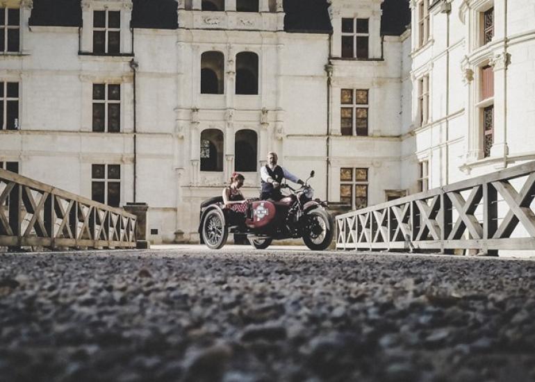 Retro-tour-Chateaux-de-la-Loire-CreditRetro-tour--2-