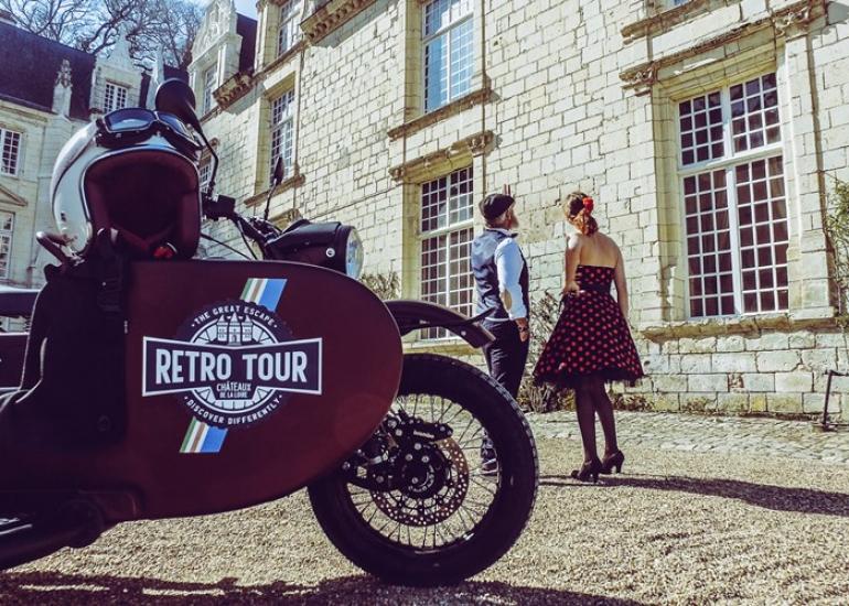 Retro-tour-Chateaux-de-la-Loire-CreditRetro-tour--4-