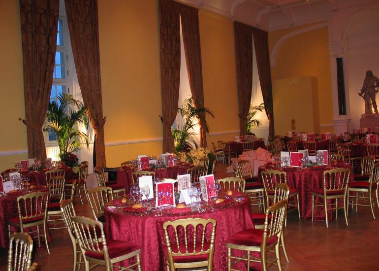 Salle-Reception-Chateau-Royal-blois-BLOIS-CONGRES--1-