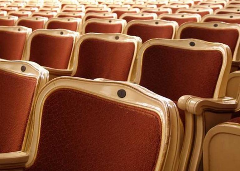 theatre-halle-aux-grains