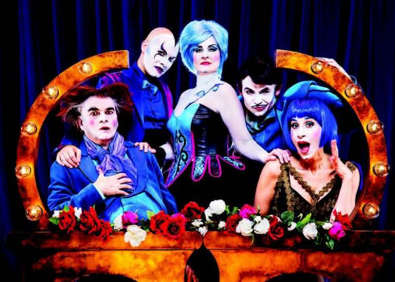 the-opera-locos