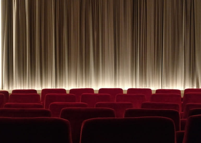 spectacle-theatre-rideau-salle-