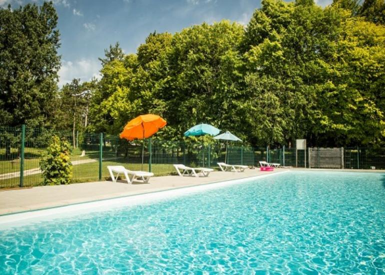 villagelasaulaie-regioncentre-equipement-piscine