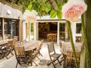 villagelasaulaie-regioncentre-restauration-terrasse