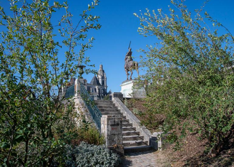 Ville-de-Blois-(26)