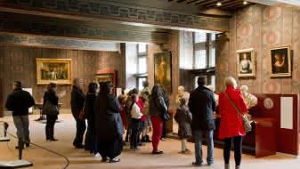 Visite-familiale-du-château-royal-de-Blois