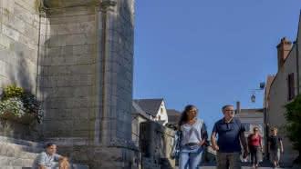 Visite guidée de la cité et dégustation avec la Maison de la Loire
