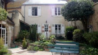 Gîte saint-dyé-sur-loire «La petite maison»